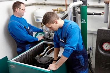 Dinkel GmbH & Co. KG · Bäder · Wärme · Klima Firma